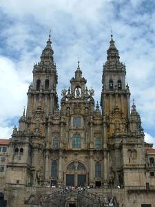 450px-Basílica_de_Santiago_02